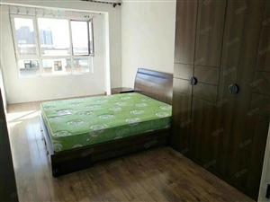 临近松江钻井小学莱茵小镇标准格局房照过二拎包入住