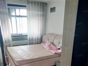 府河小区两室一厅顶楼61平50万免税经典两室房