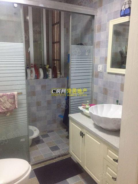 天成雅居2室2厅精装修带超大露台阳光房!