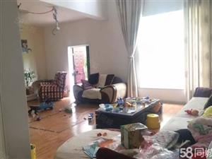 兴州路裕安苑联排别墅一楼有个车库260平米精装修206万