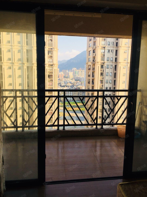 万达华城温馨酒店式单身公寓带阳台如图设备富春路