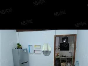 湘北百合大楼旁4楼1室1厅精装修