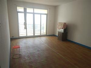 阳光华府三室两厅有空调热水器电视机空间大价格低
