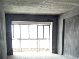 金象广场二期,毛坯,三室两厅,不动产证,可按揭