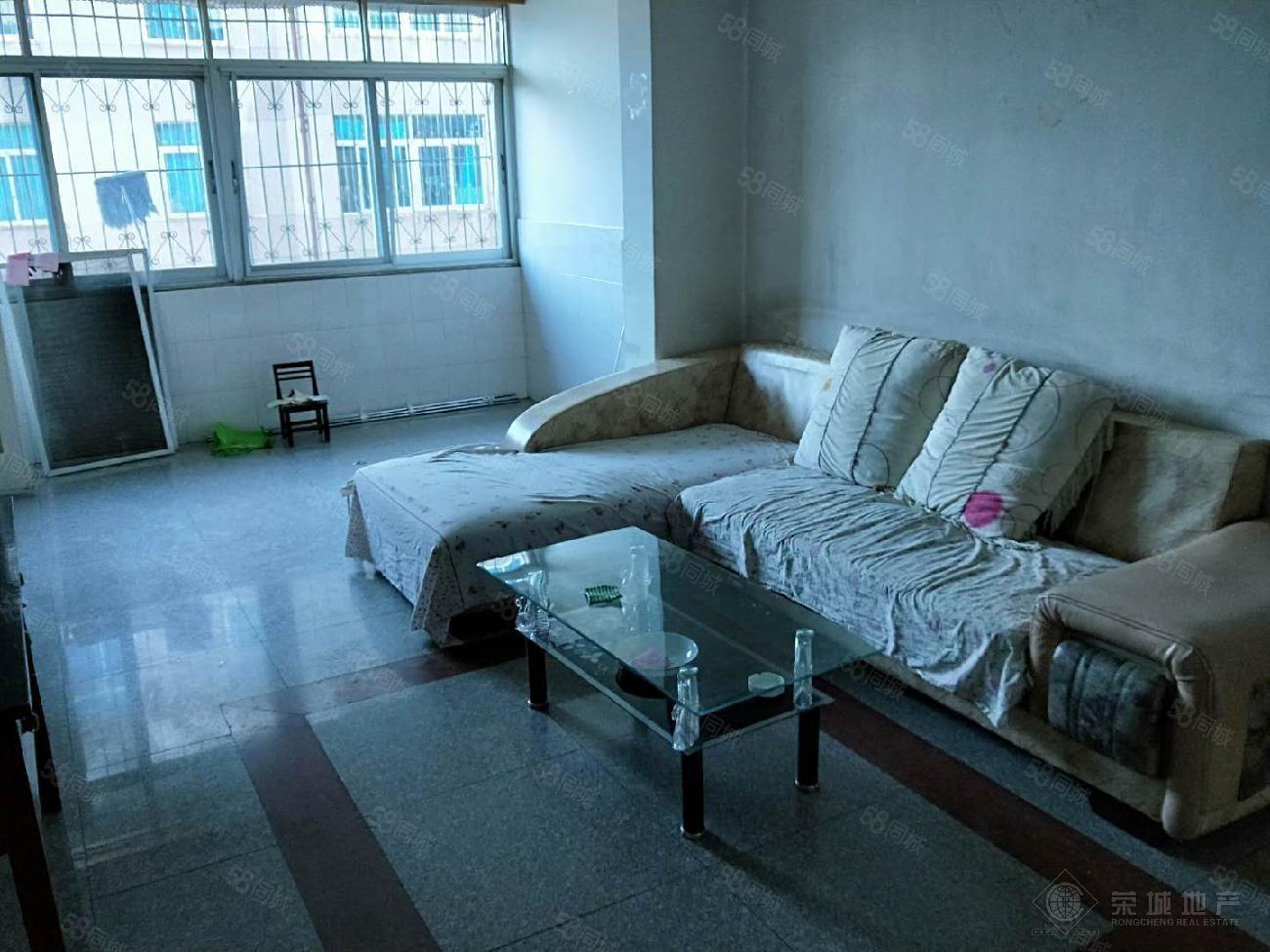 北边龙马路附近精装低楼层三室带部分家具澳门金沙平台