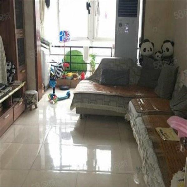 长江路启福中华,两室两厅,精装修包更名费,免过户费