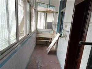 牛角湾供电局宿舍700元2室2厅1卫普通装修,干净整洁,
