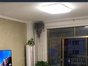 出售黄金海岸3楼114平米3室2厅2卫,精装修