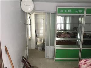 0雅梦苑车库一楼26.9平带独立卫生间床热水器售9万5万