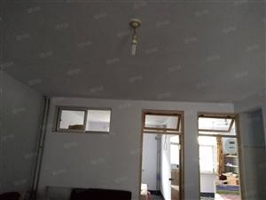 刘家园小区(3室1厅)一小房3室1厅1卫(个人)