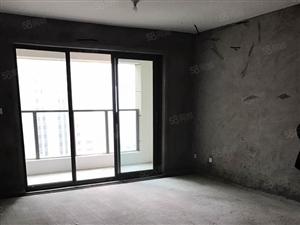 谦详万和城地铁口小三室三楼带楼台毛坯房业主诚心出售