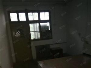 出租,大学路陇海路,三室一厅,1300,合租500