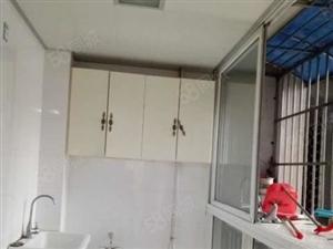 鑫空间2室89平米豪华装修全齐家私电器有钥匙可随时看房