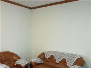 东坝街中段小区2室2厅空调两个拎包入住
