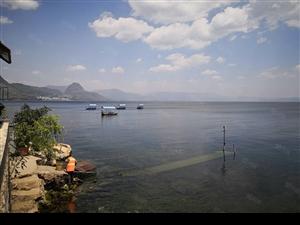 抚仙湖唯一在售湖景公寓,54平精装修可托管,带家具家电