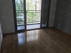 龙光君悦华庭二期新出房子房东特别耿直包税费对中庭2楼
