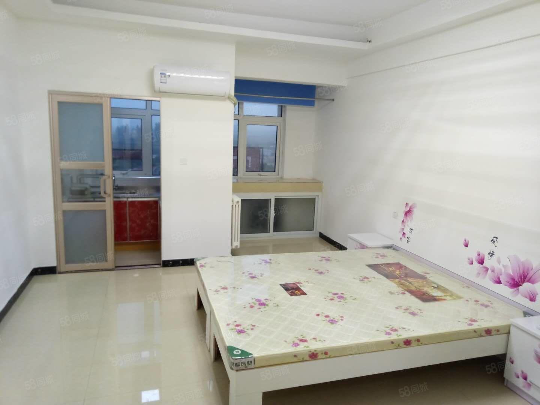润丰锦尚精装修一室公寓简单装修家具齐全拎包入住