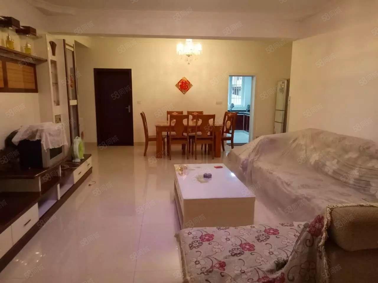 2室2厅2卫低楼层家具家电齐全直接拎包入住