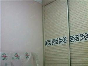 长虹小区两室两厅家具家电齐全