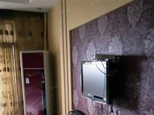 润达国际.景观房.拎包入住.1室1厅1卫1500一个月.