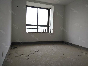 滨湖新城楼王纯毛坯看房方便白菜价只要58万