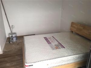 舒适俩房带一大阳台新上家具采光超棒价钱合理