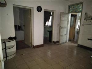 二医对面5楼3室急售25万