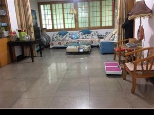 澧县二中附近超大四房装修带家电带20平米杂物间