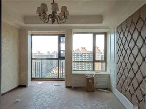中南世纪锦城精装修三室,精装空房,燃气暖气,钥匙房,随时看