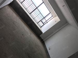 明发高楼层毛坯3房,低价出售
