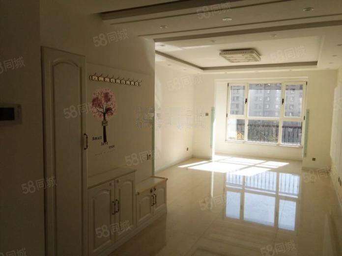香漫花都3室2厅1卫精装修,自己住的房子没租过