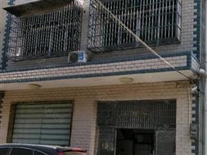 0私房出售一层88平三层共256平罗马之星附近售61万不议价