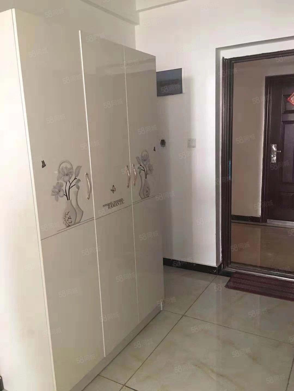 润丰锦尚精装公寓,拎包入住家电齐全临近地铁口随时看房
