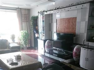 明珠花园138平米3室2厅直通式结构精装地暖房三向阳。