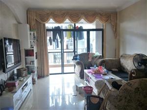 锦绣花园复式楼共有5房家具家电齐全拎包入住带露台
