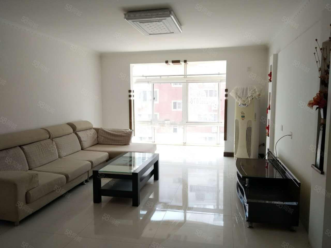 渤船家园2室2厅1卫中等装修取暖好,多层3楼拎包住