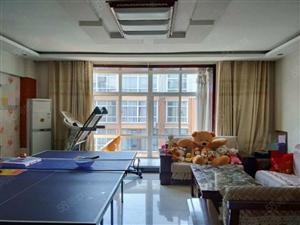 鑫地阳光城步梯五层三室两卫送名牌家具家电可按揭