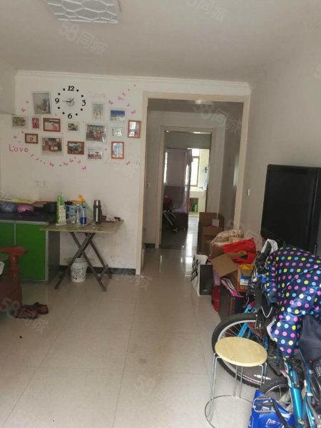 梦园小区1楼1室1厅1厨1卫精装修