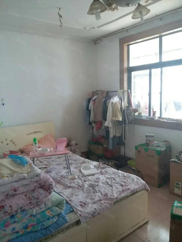 广福小区多层3楼,老证可按揭带储藏室,看房方便