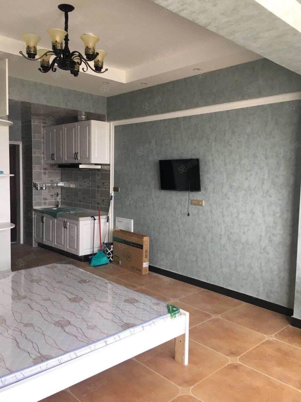 新一峰公寓全新装修首次出租办公居住均可拎包入住