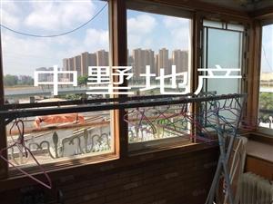 民生小区4楼3房94平40万急售
