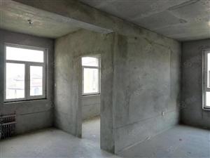 弘坤玉龙城高层16楼不顶毛坯3室出售