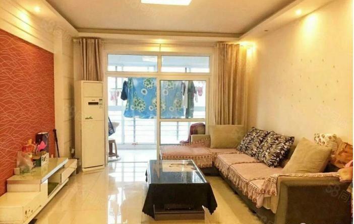 鑫宇都市花园三室两厅143平米有证可按揭南北通透送家具