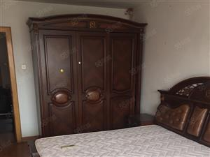 李村金水路馨苑小区套二双厅家具家电齐全拎包入住