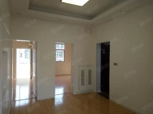 买一层送一层,精装修,超值的房子!