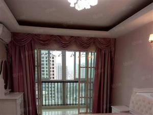 新城附近精装带阳台电梯房!房间很大带阳台!