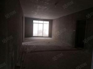 楼层好,视野广,学位房出售,广电美郡56万4室2厅2卫