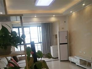 西湖国际电梯房两室两厅初次出租1700/月