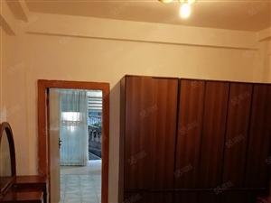 大富豪附近1楼摩托车可以进屋小2室1厅天然气厨厕在内拎包入住