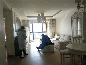 真实房源价格!曼哈顿商圈银基王朝旁大观国际精装靠上两房